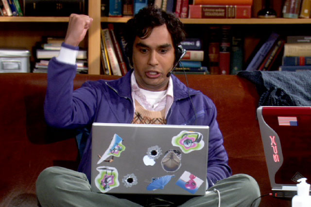 Raj_playing_on_his_PC