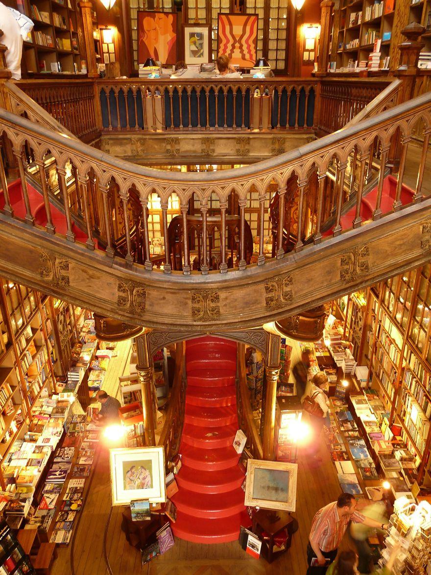 Bibliotecas (18)