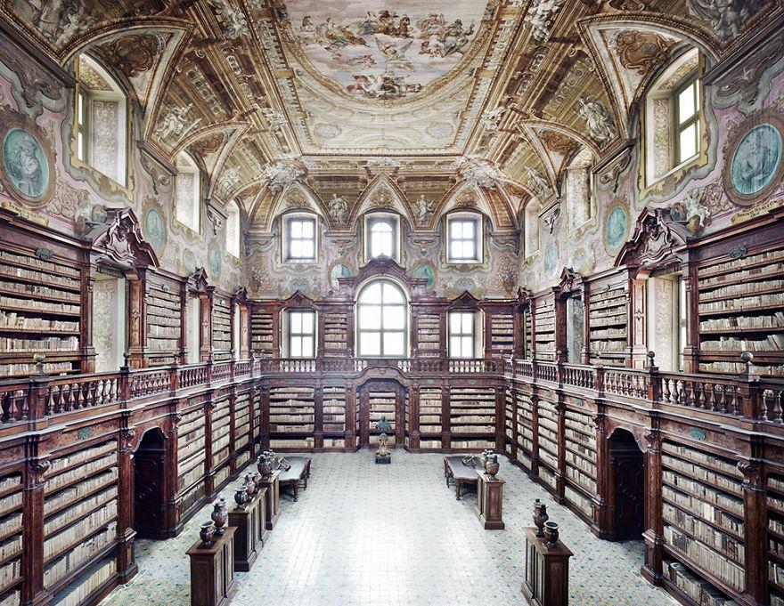 Bibliotecas (19)