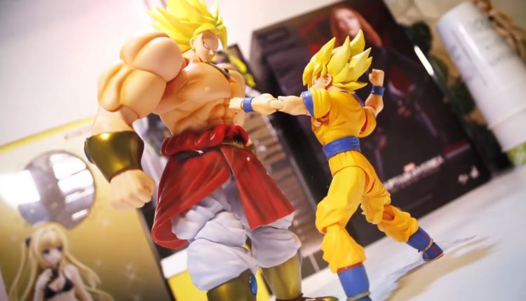 Dragon Ball Z Broly Vs Goku (2)