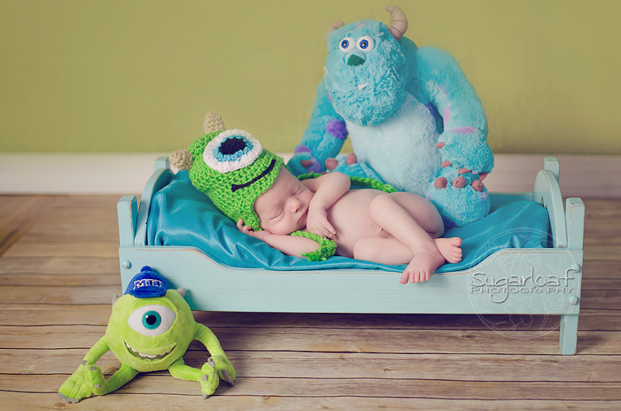 geeky-newborn-baby-photography-38__880