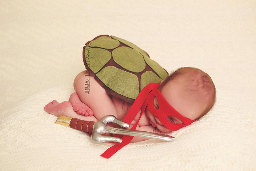 geeky-newborn-baby-photography-8__880