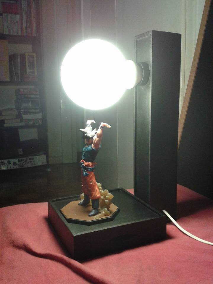Goku-spirit-bomb-lamp-2
