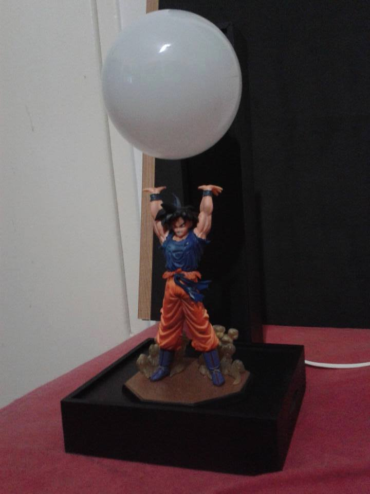 Goku-spirit-bomb-lamp-3