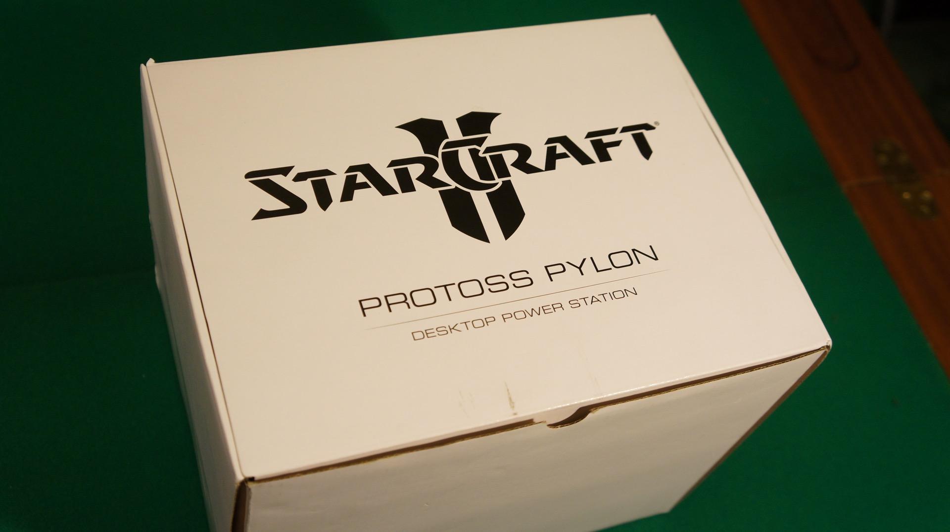 StarCraft Pylon unboxing1