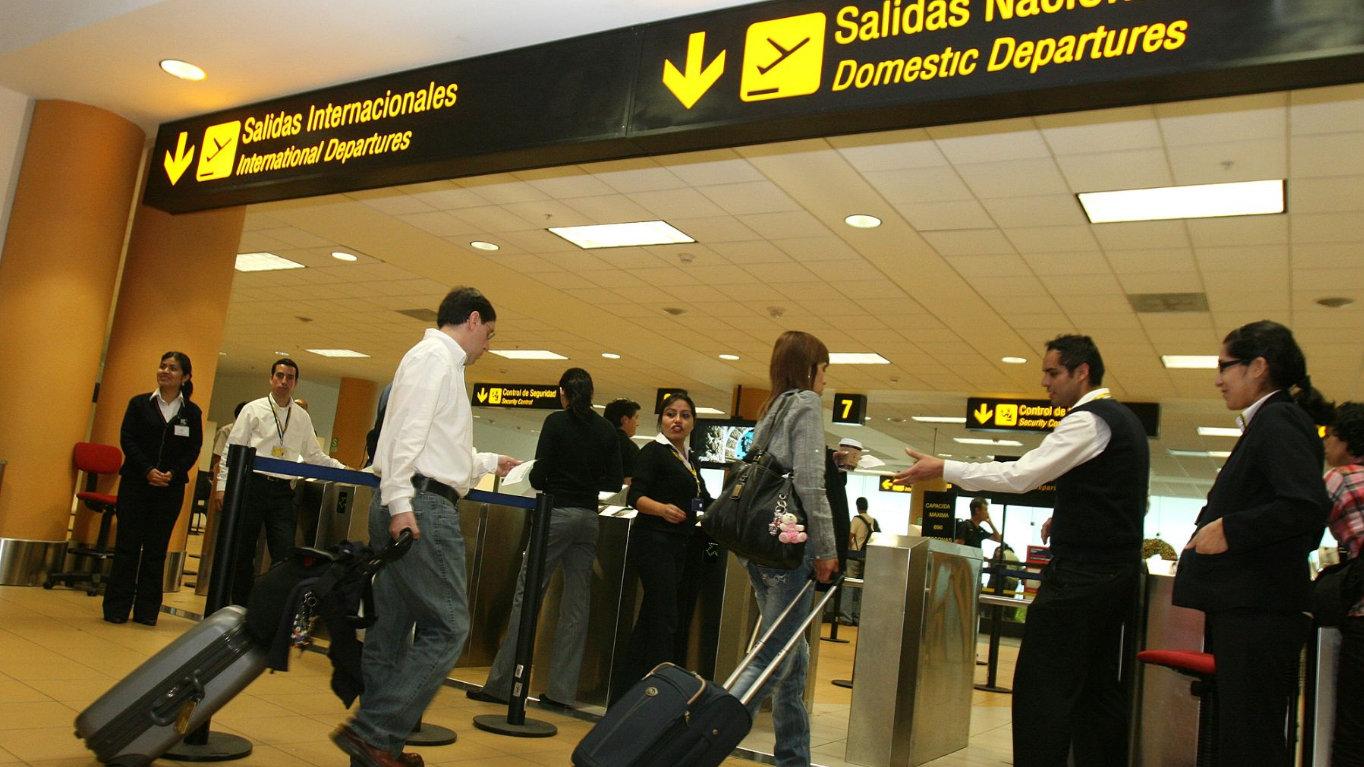 Aeropuerto Jorge Chavez (3)