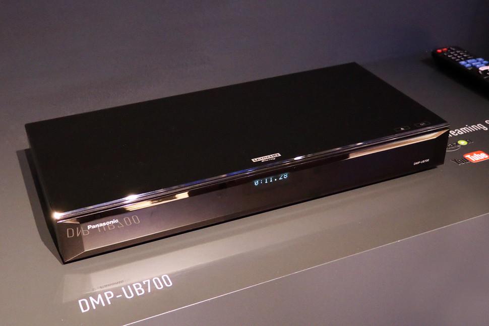 panasonic-dmp-ub700-blu-ray-player-0008-970×647-c