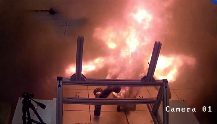 explosion-bateria-nasa-4