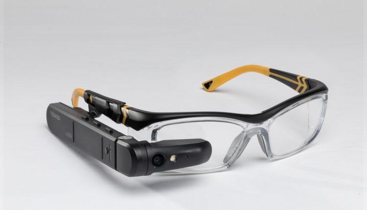 toshiba-smart-glasses-4-1