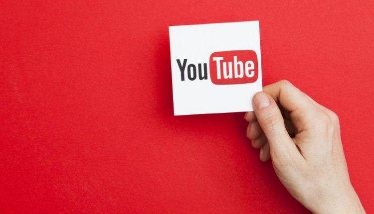 YouTube-sobre-fondo-rojo