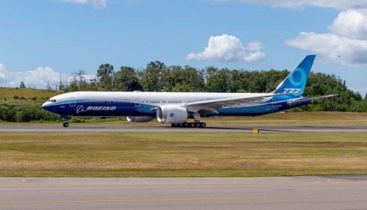 Boeing-777-9-rodaje-990×659