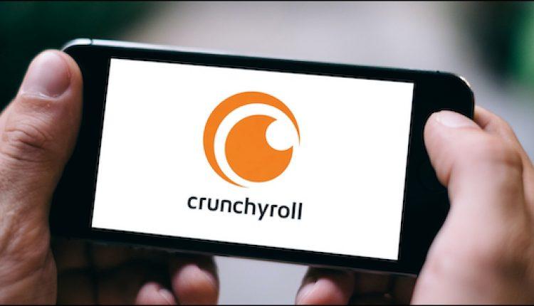 crunchyroll-logo-on-a-smartphone