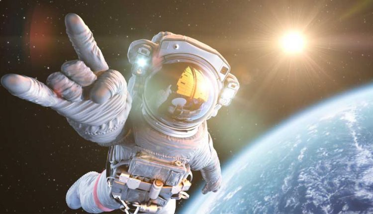 Así-van-al-baño-y-tienen-sexo-los-astronautas1