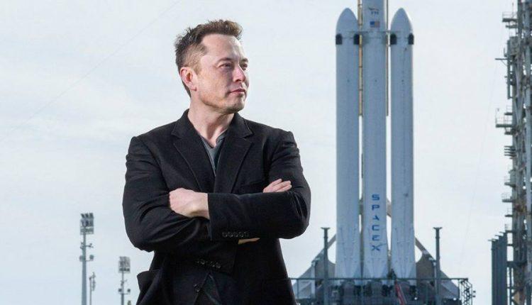 Colonia-em-Marte-Elon-Musk-anuncia-teste-com-foguete-gigante-da-SpaceX