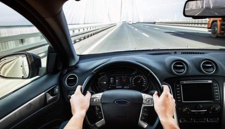 driving_on_a_bridge-min.2e16d0ba.fill-800×450