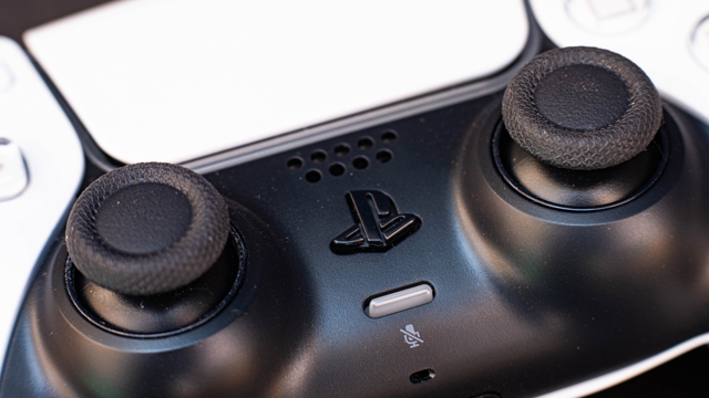 how-to-connect-and-use-ps4-and-ps5-controllers-on-your-pc_6978.640
