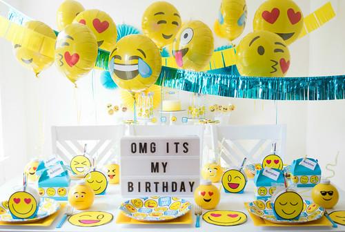 ideas-para-celebrar-fiesta-emoji