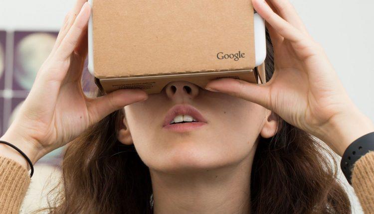 stock-google-cardboard-vr-0182.0.0