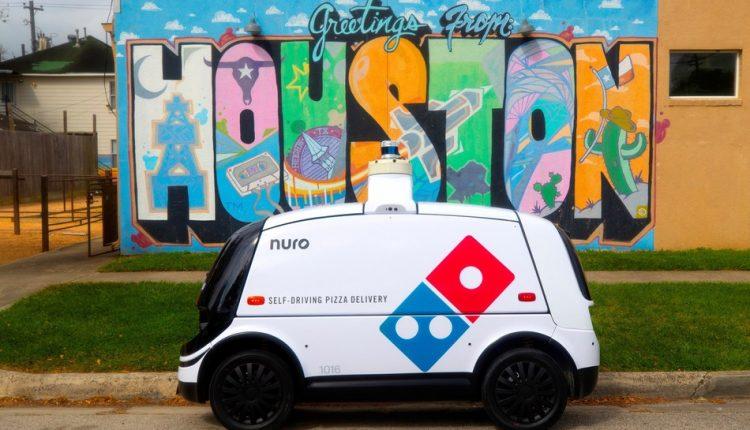 Domino Nuro autonomous pizza delivery
