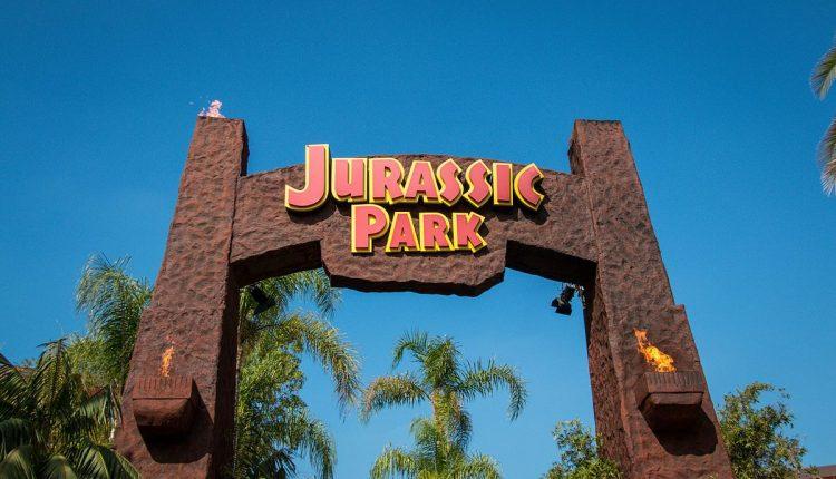 Jurassic_Park_(28733067663)